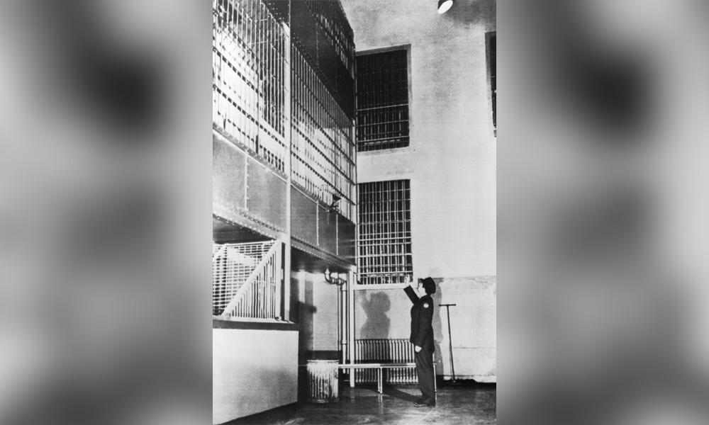 battle-of-alcatraz-4