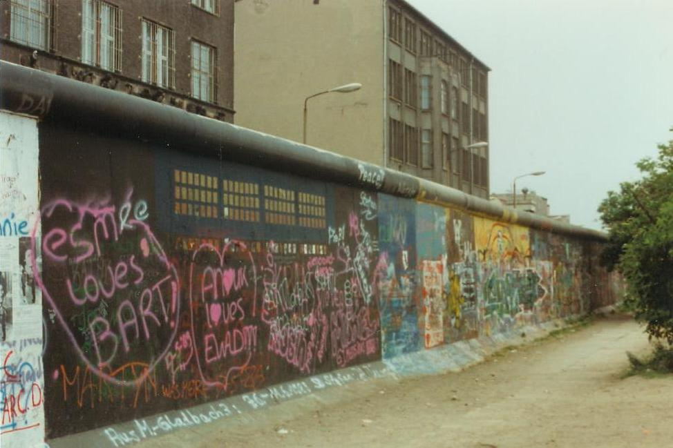 berlin-wall-11993.jpg