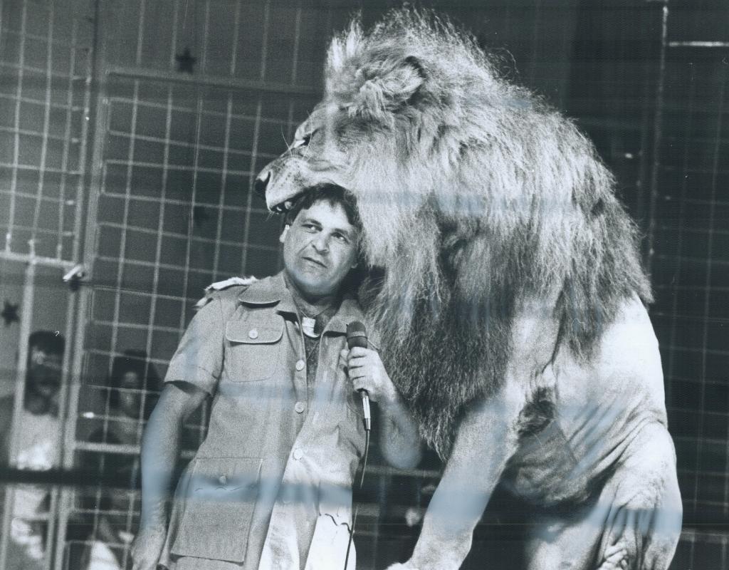 frank lion tamer