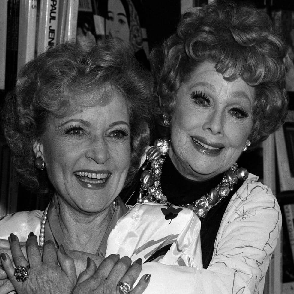 lucille-ball-1987-betty-white-56326-89989.jpg