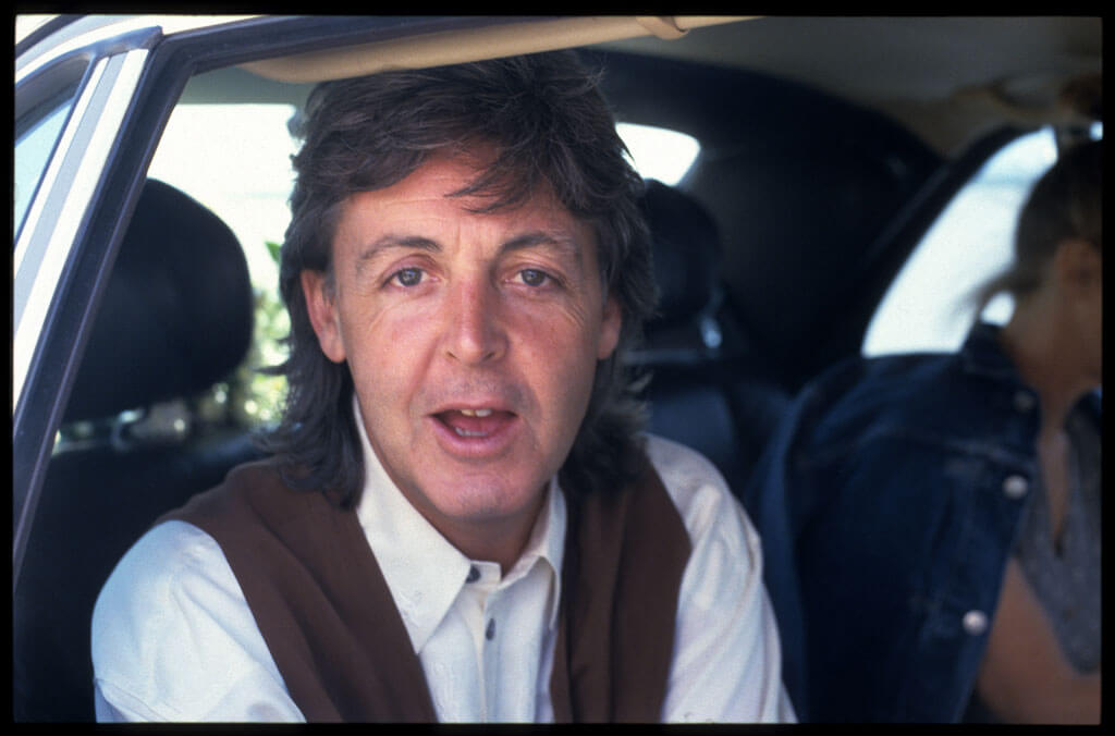 paul-mccartney-car-88844-55280.jpg