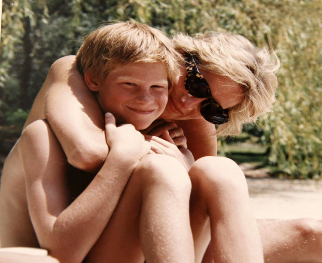 rare-photos-of-princess-diana-22