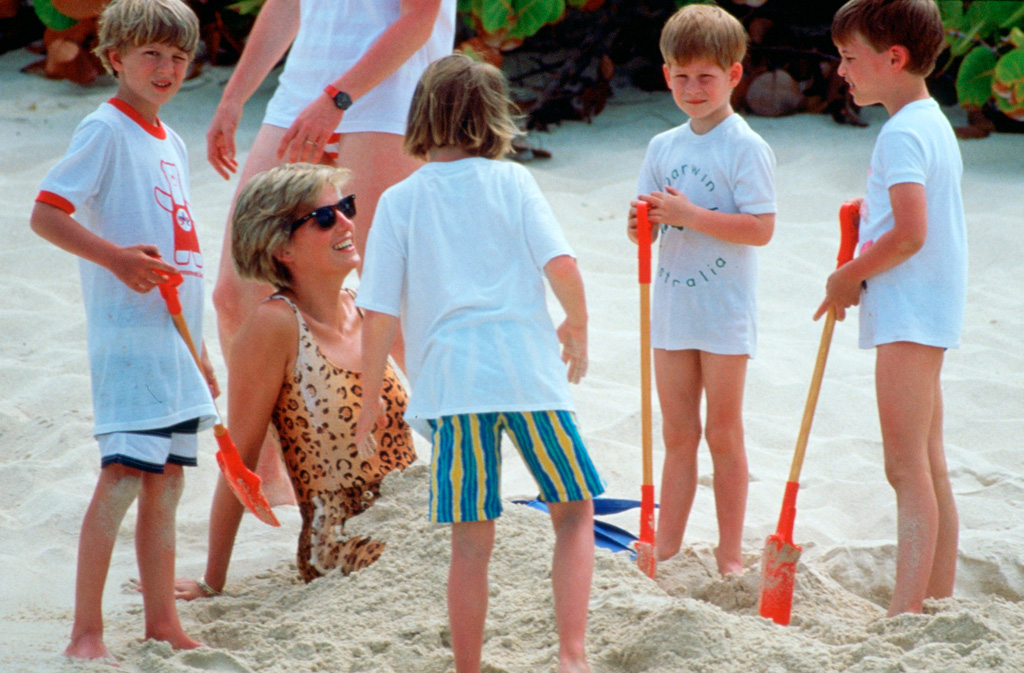 rare-photos-of-princess-diana-8