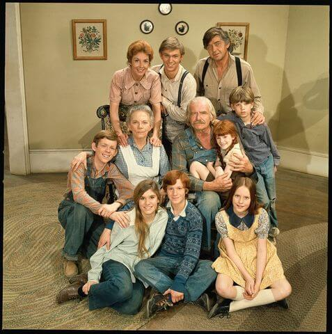 the-waltons-family-87915-34991.jpg