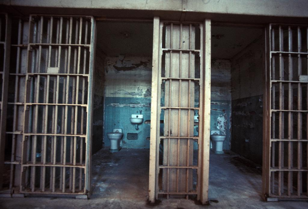 theodore-cole-ralph-roe-alcatraz
