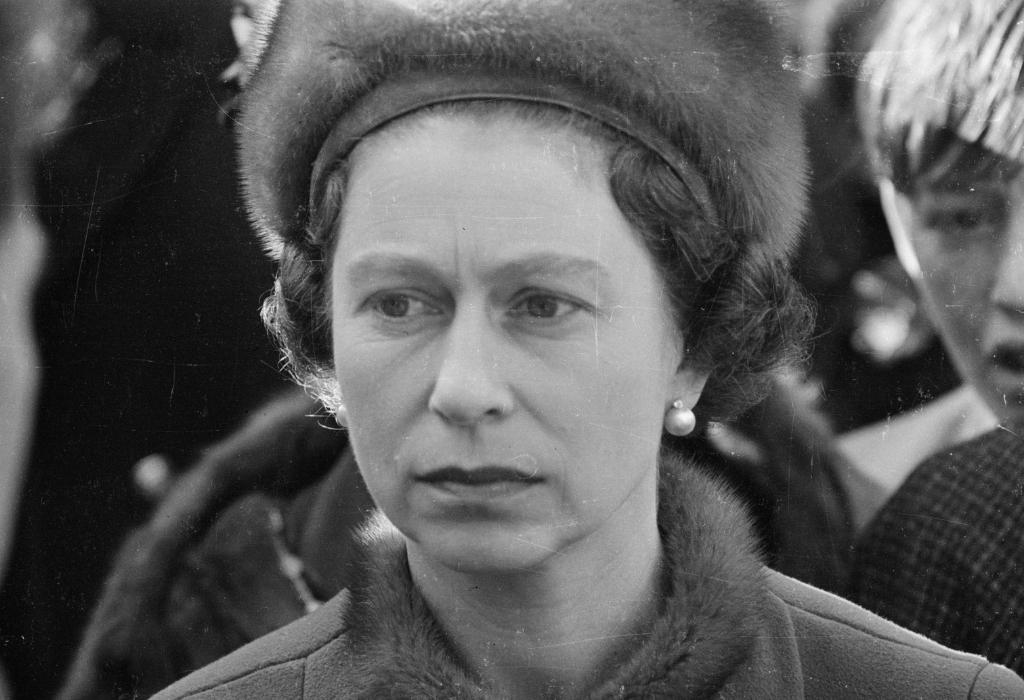 queen elizabeth 40