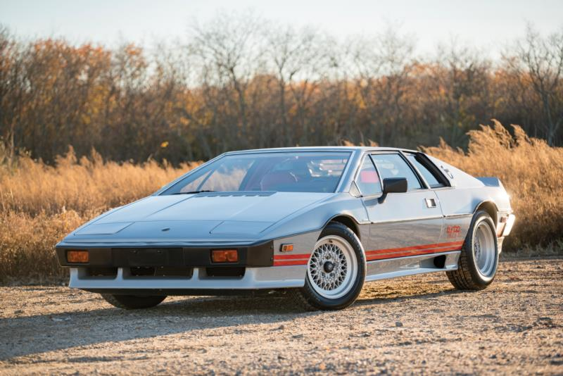 Phoenix 2017_156_Lotus_1983_Esprit S3 Turbo_Coupe_SCCFC20A8DHF60363_Overall