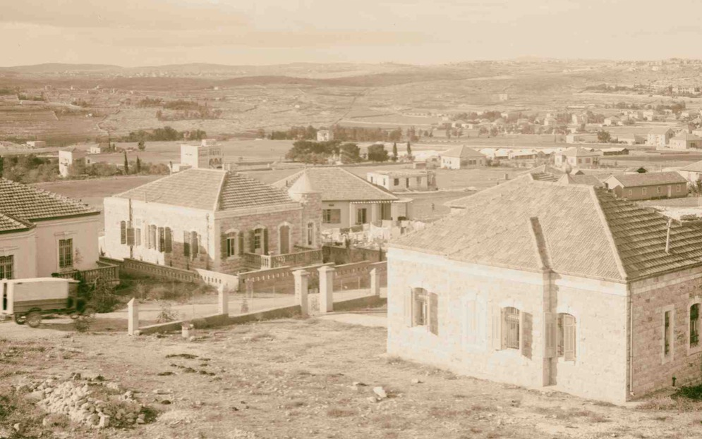 Newer Jerusalem and suburbs 1920, Jerusalem women not own property 1920s