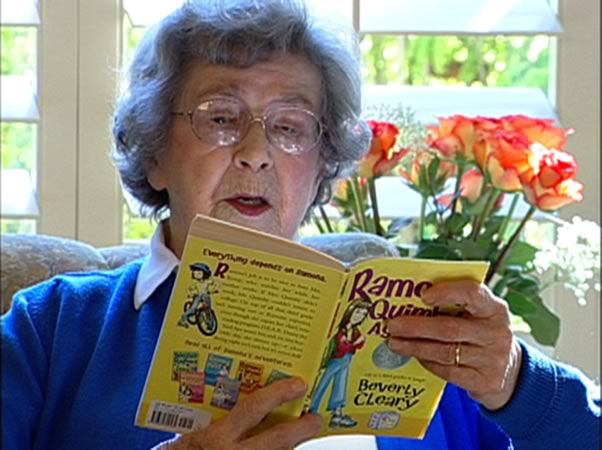 Beverly Cleary reads a book out loud