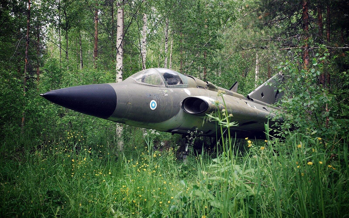 Saab J-35F Fighter Jet in Rural Finland