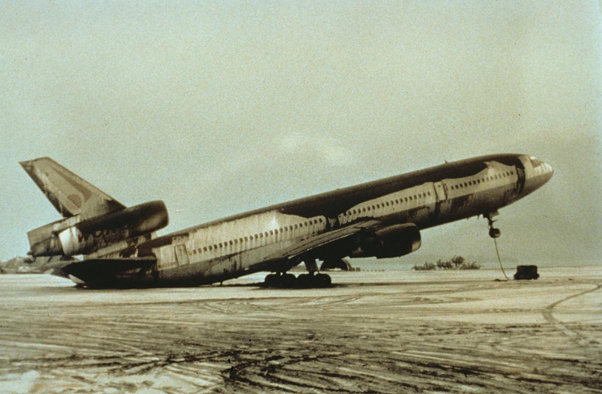 World Airways DC-10