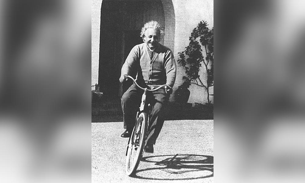 albert-einstein-bike