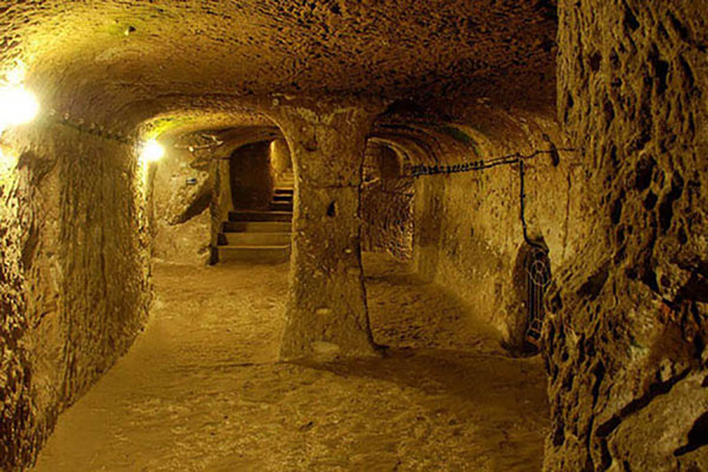 Photo of an empty Cu-Chi-Tunnel