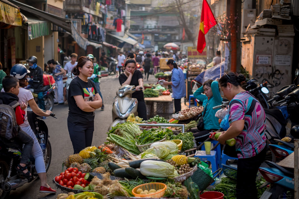 Picture of Dong Xuan market