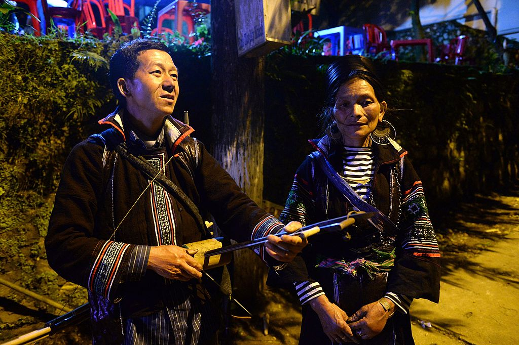 Two musicians a the love market