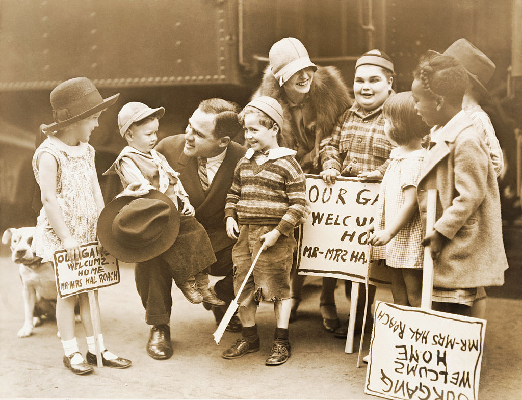 the little rascals greeting their boss hal roach in los angeles
