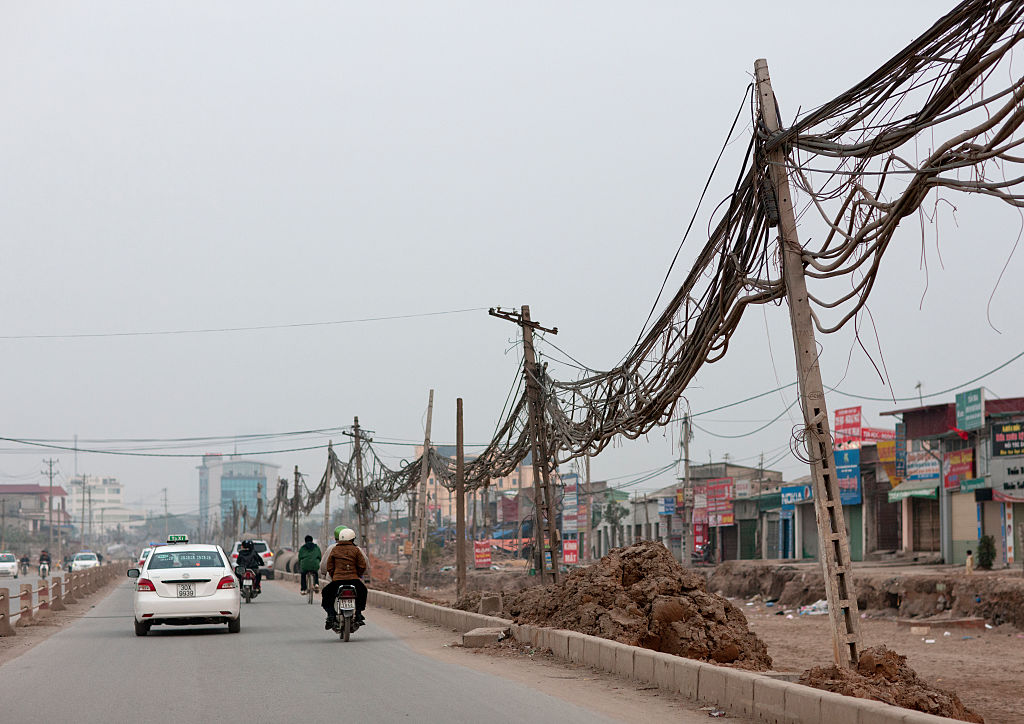 Image of electric lines in Hanoi