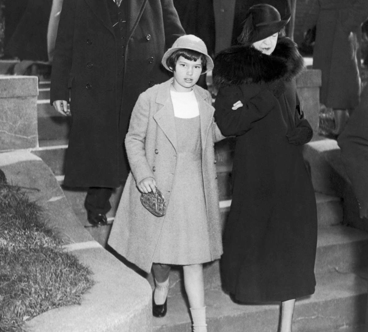 Gloria Vanderbilt In Long Island With Her Aunt, Gertrude Vanderbilt-Whitney, Who Had Custody Of The Young Heiress, On December 2, 1934.