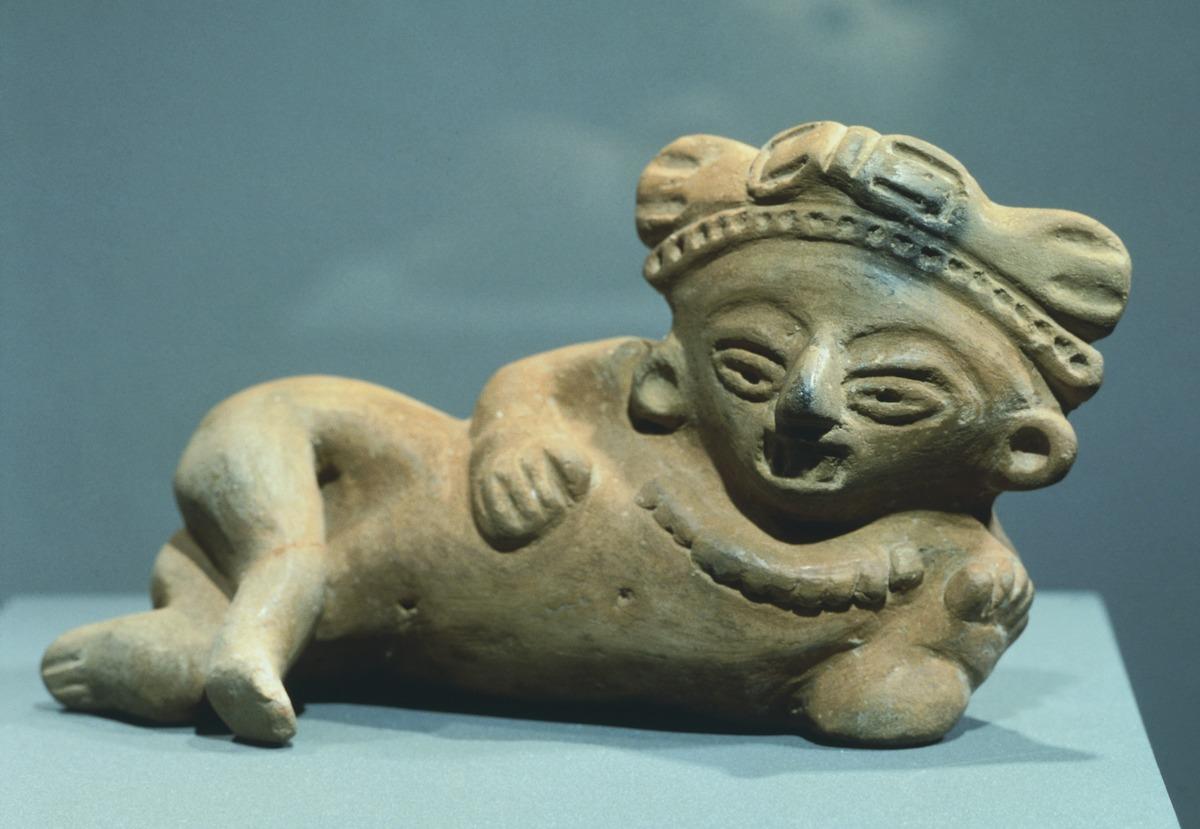 Semidistesa figure, terracotta mold, height 16cm, width 4,5cm, length 9cm.