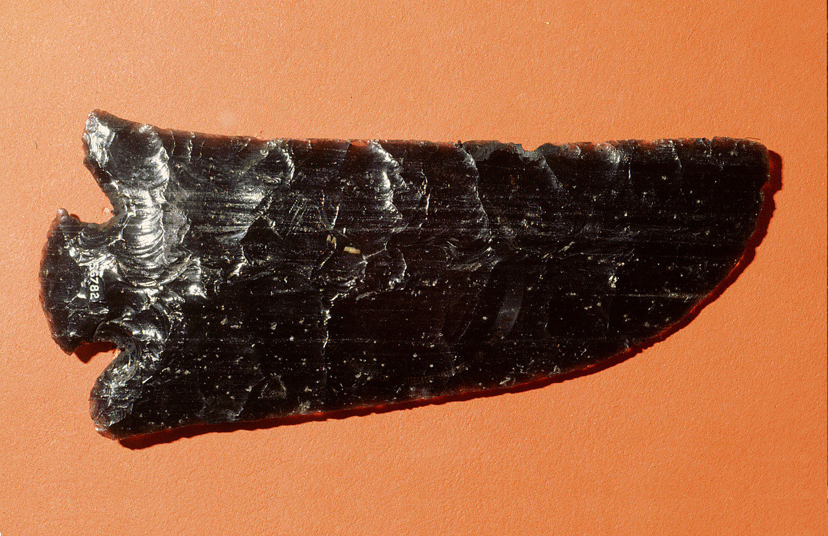 Obsidian knife, one of the weapons the Maya would use