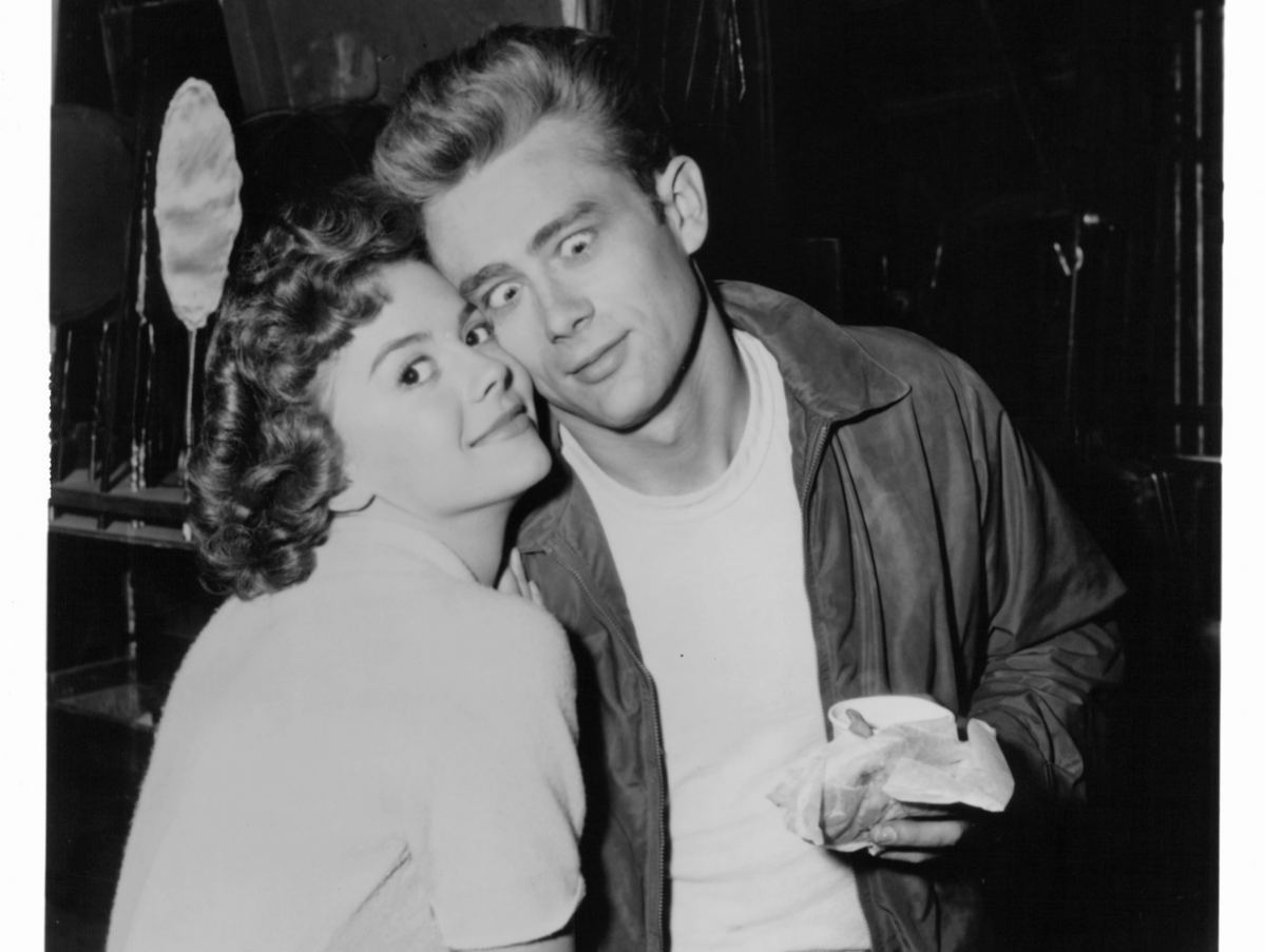 Natalie Wood and James Dean goofing off on set of the film 'Rebel Without A Cause', 1955.