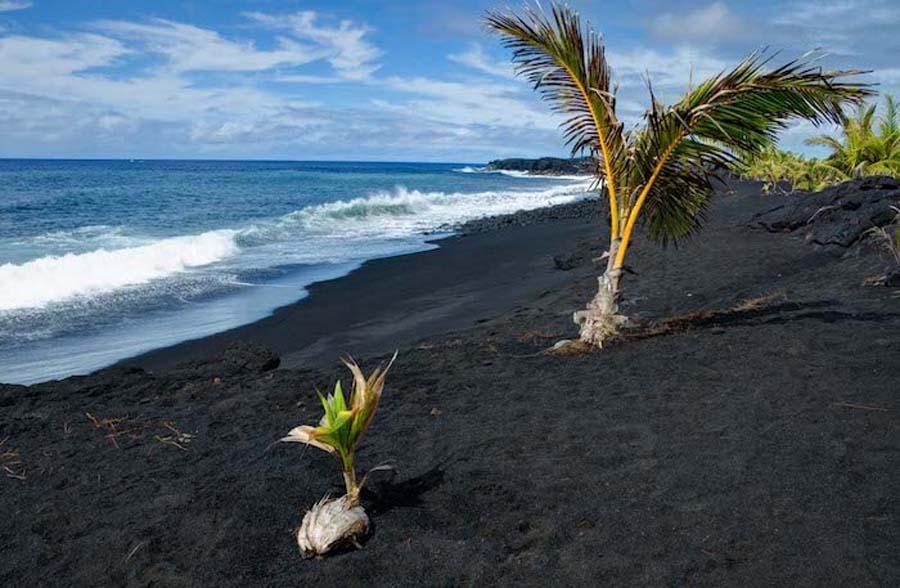 Kaimu-Beach-black-sand-beach-11514