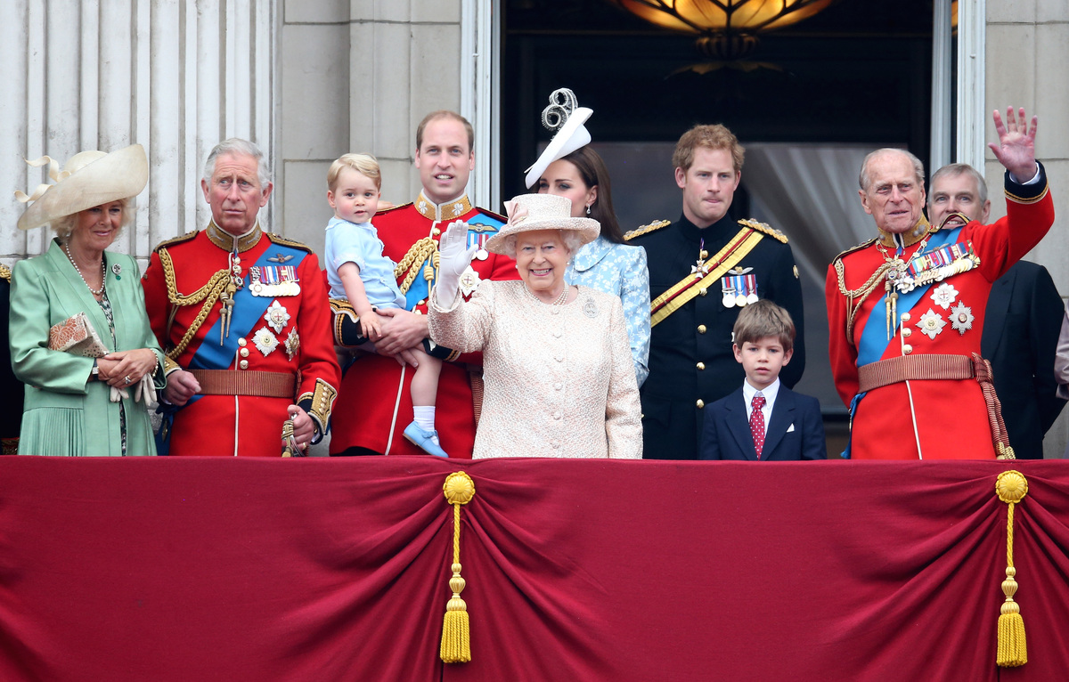 Camilla, Duchess of Cornwall, Prince Charles, Prince of Wales, Prince George of Cambridge, Prince William, Duke of Cambridge, Catherine, Duchess of Cambridge, Queen Elizabeth II, Prince Harry and Prince Philip, Duke of Edinburgh (R) watch the fly-past from the balcony of Buckingham Palace following the Trooping The Colour ceremony on June 13, 2015 in London, England.