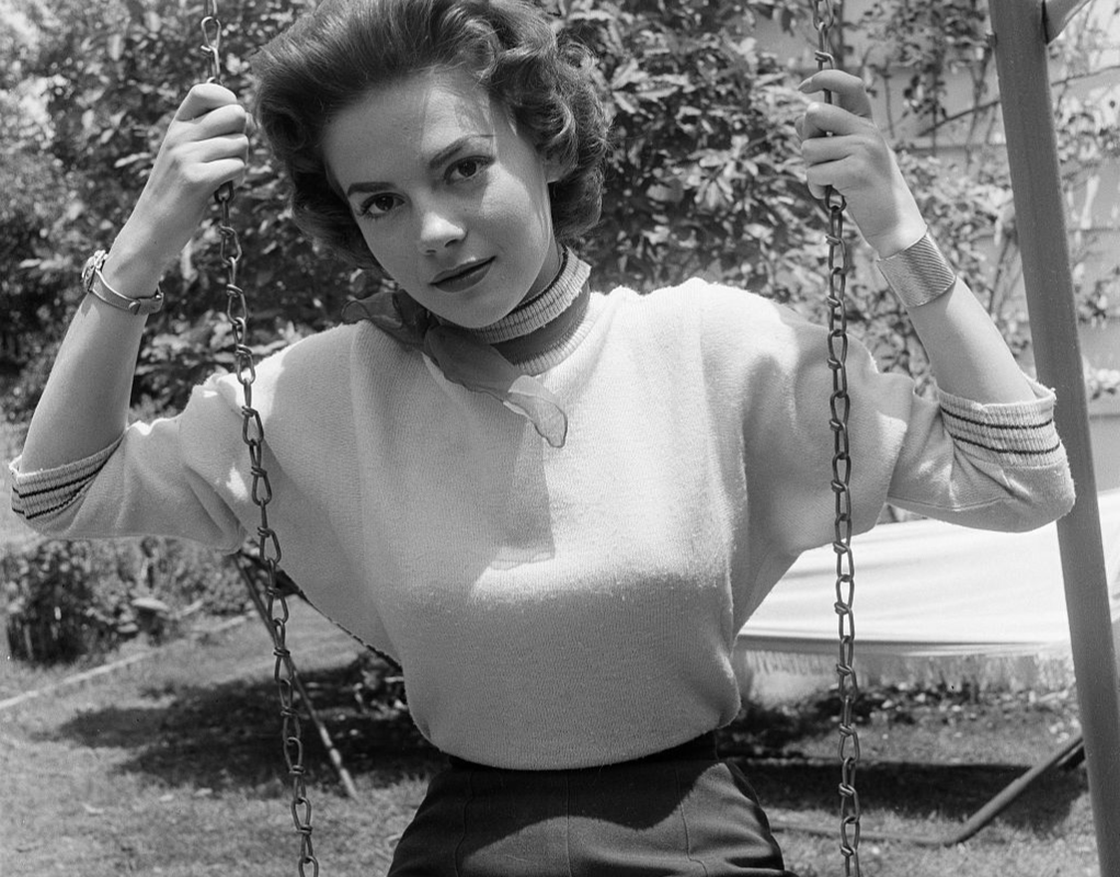 Natalie Wood on Swing