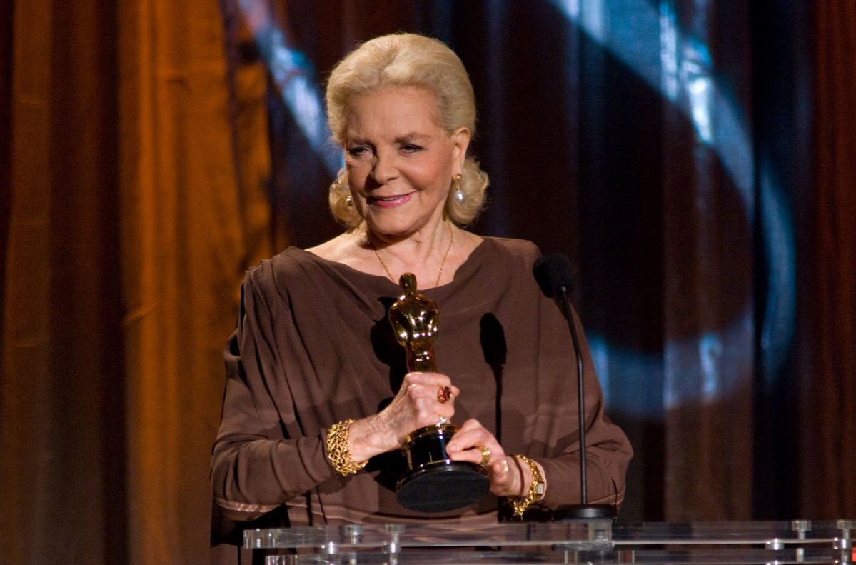 Honorary Award recipient Lauren Bacall speaks onstage during the 2009 Governors Awards in the Grand Ballroom at Hollywood & Highland