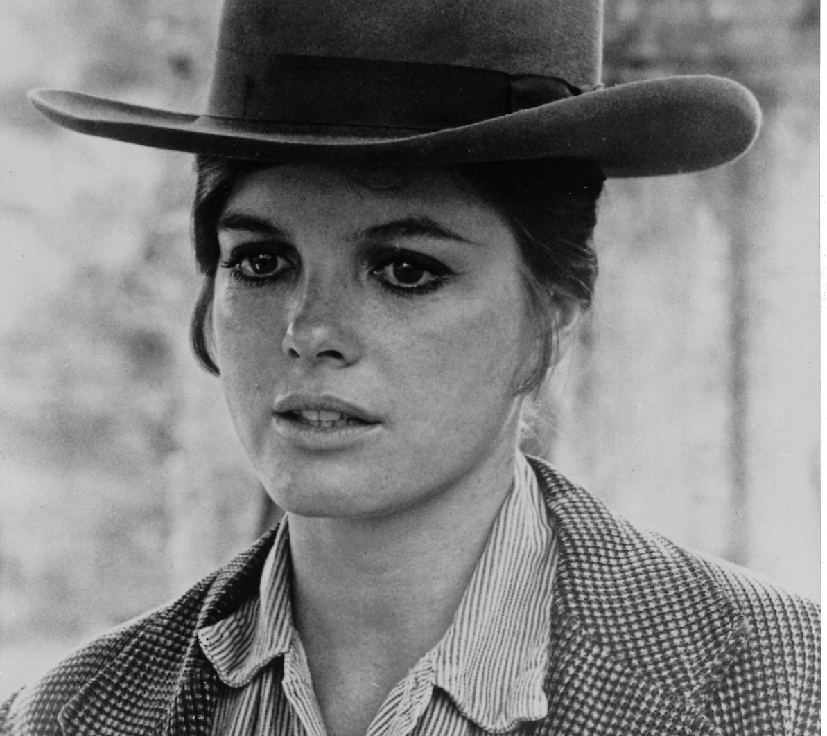 katharine ross as etta place