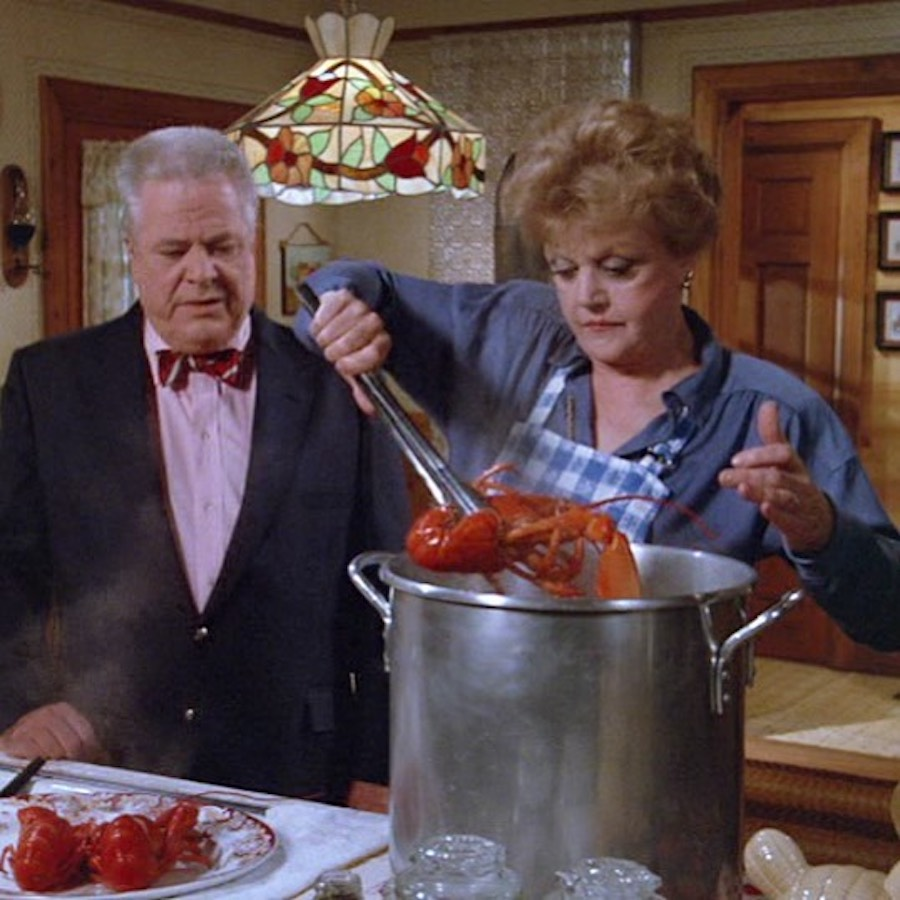lansburry cooks a lobster on murder she wrote