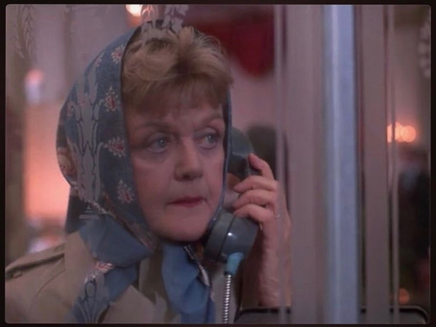 lansburry on phone in murder she wrote