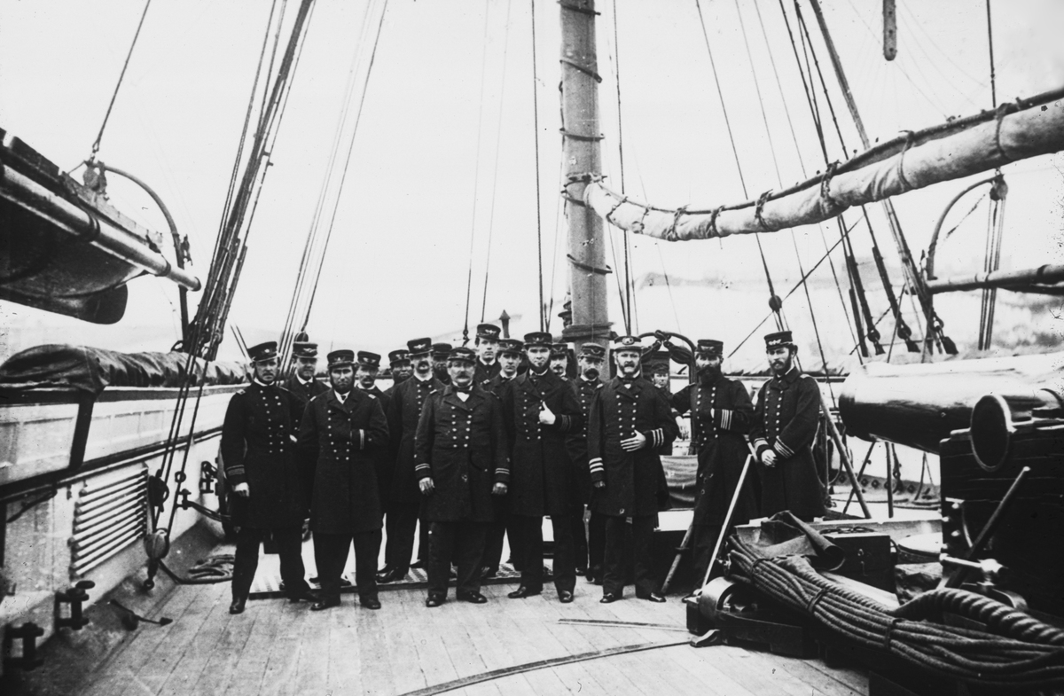 The crew of the USS Kearsarge on deck during the American Civil War, USA, circa 1864.