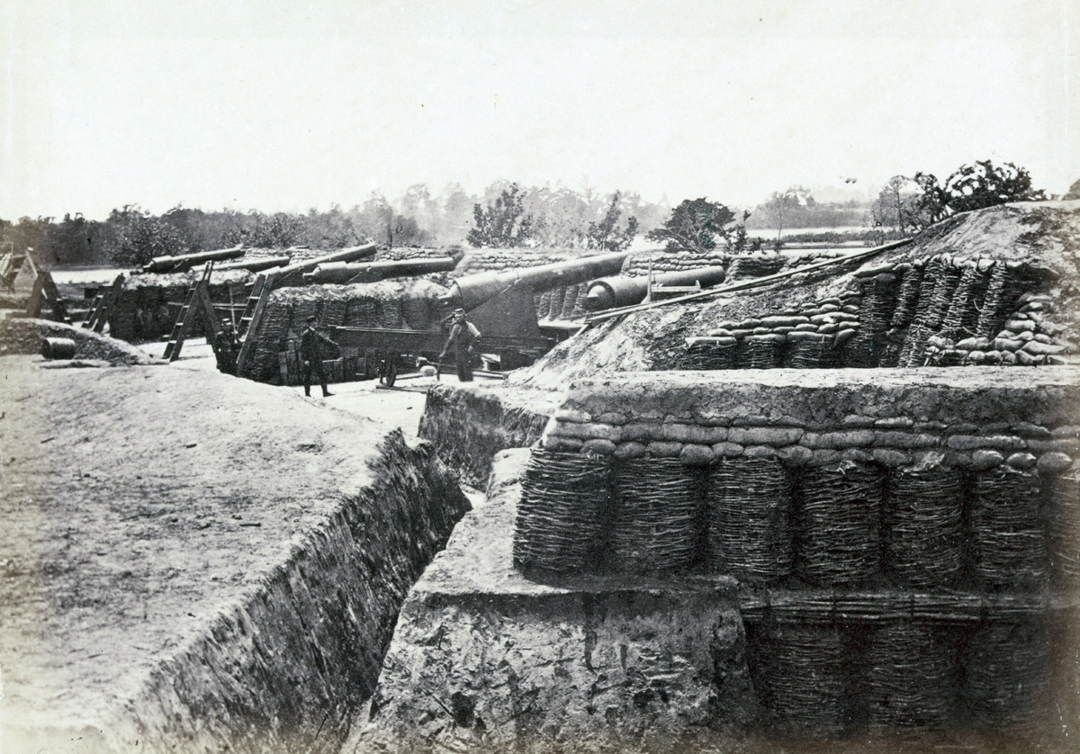 Union army battery at Yorktown, 1862.