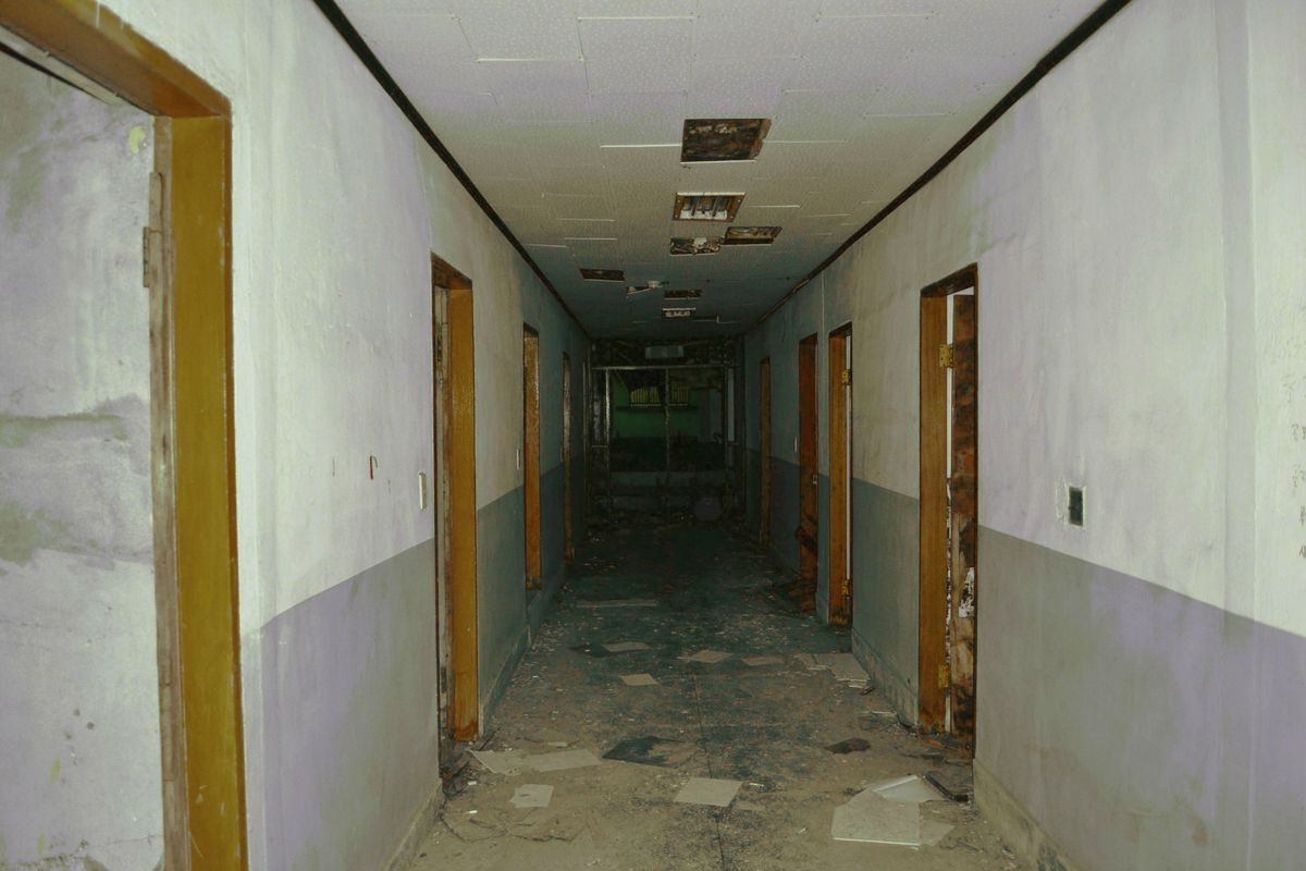 An empty hallway in the abandoned psychiatric hosptial Gojiam