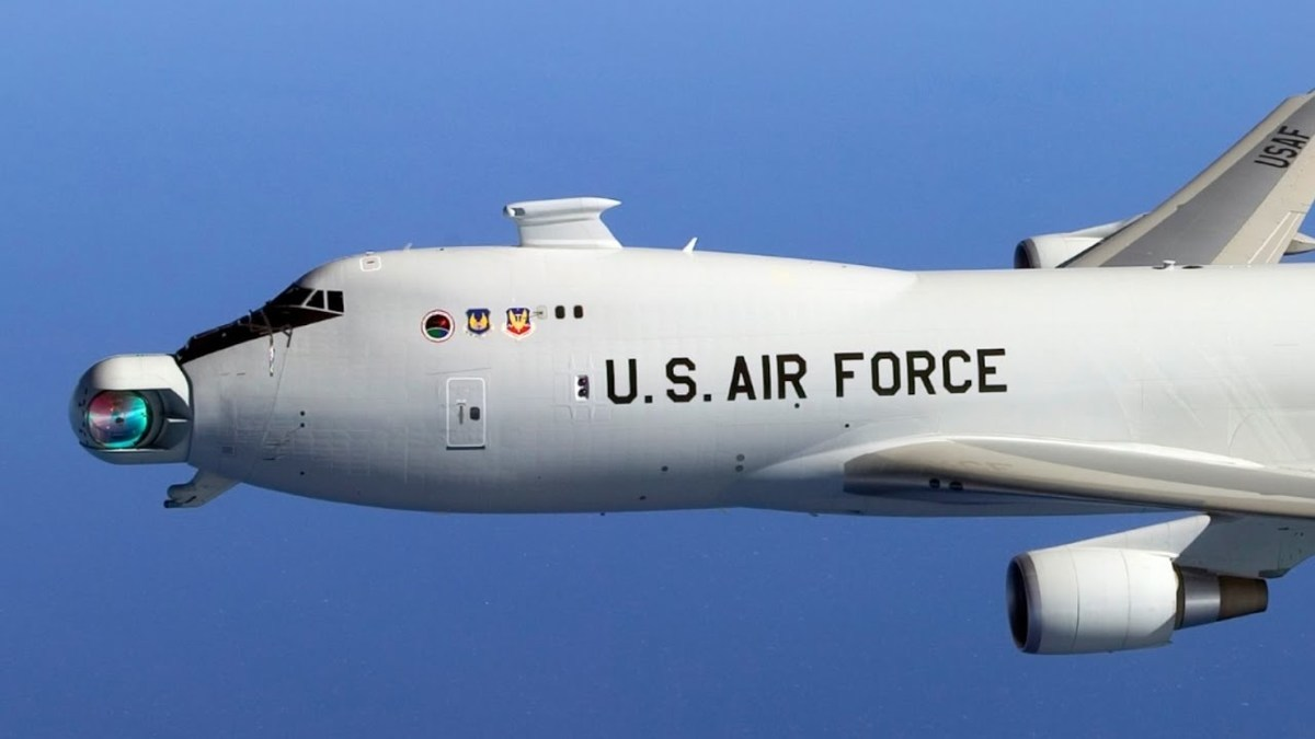 The Boeing YAL-1 testing its airborne laser 747