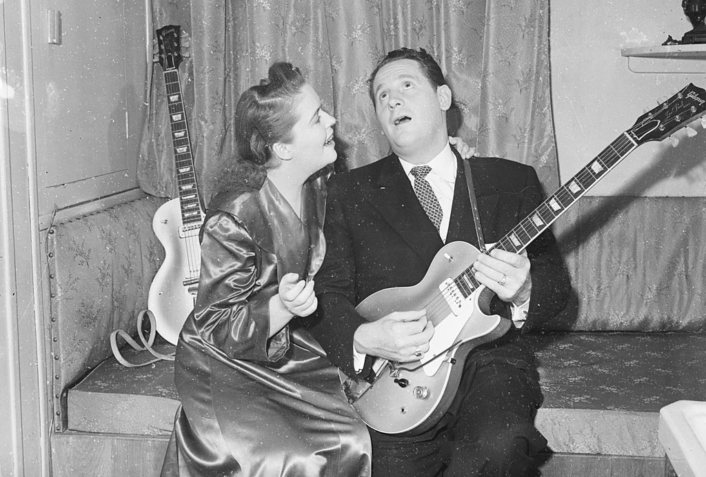 Les Paul and wife