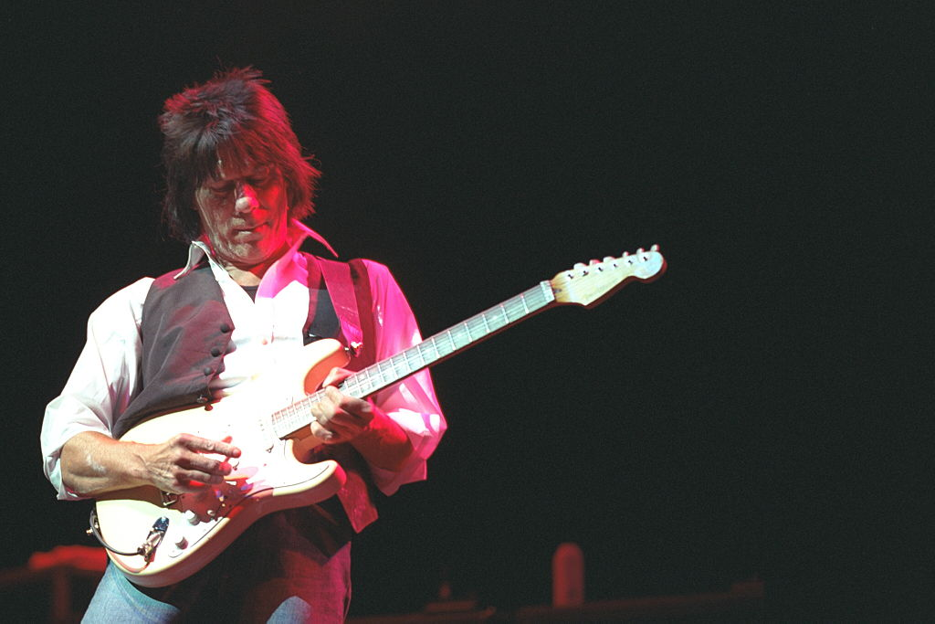 Jeff Beck playing on stage