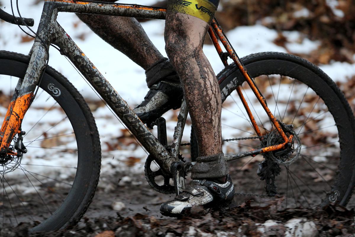 spokes bike muddy
