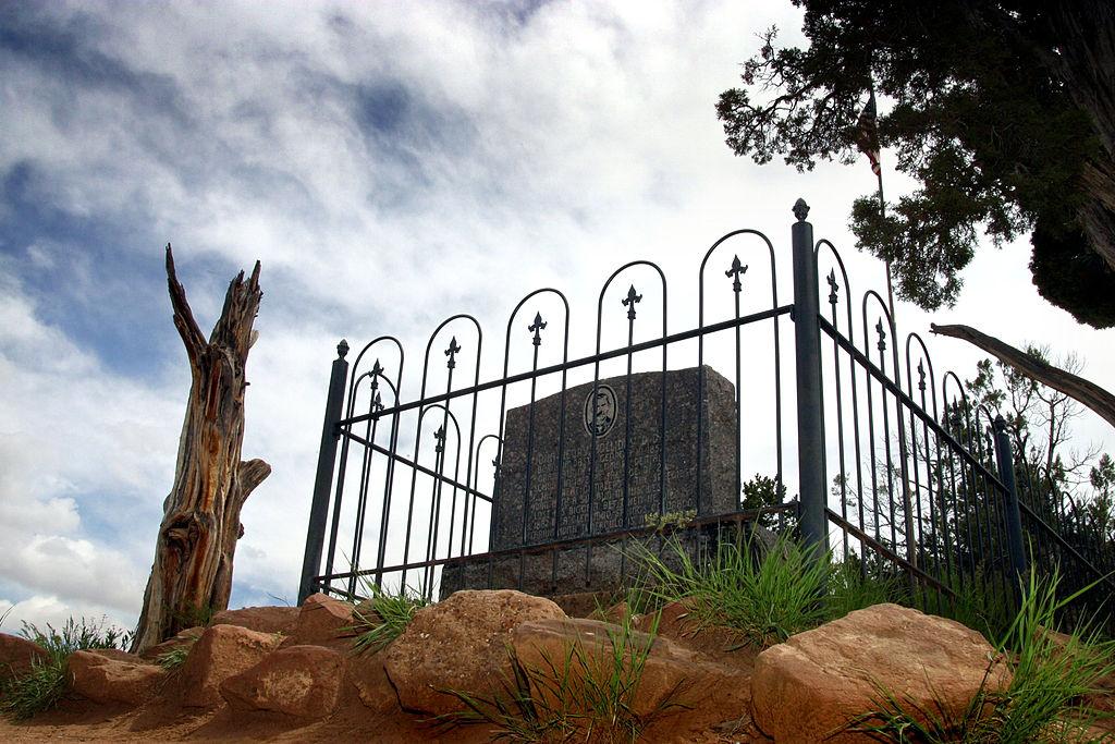 doc holliday memorial in denver
