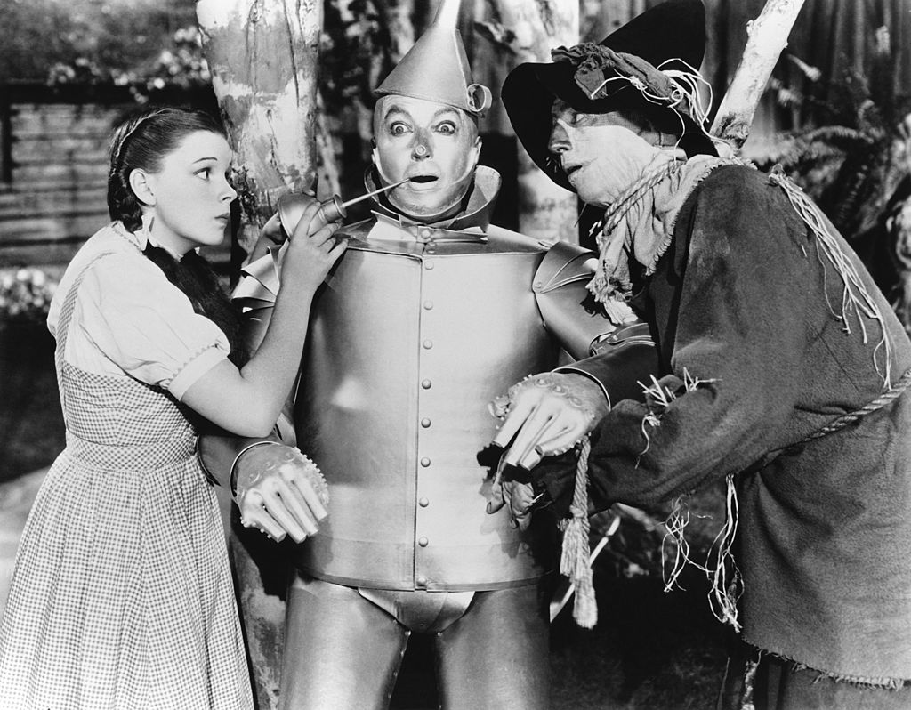 MGM Tried To Make Garland Appear Younger In Wizard Of Oz