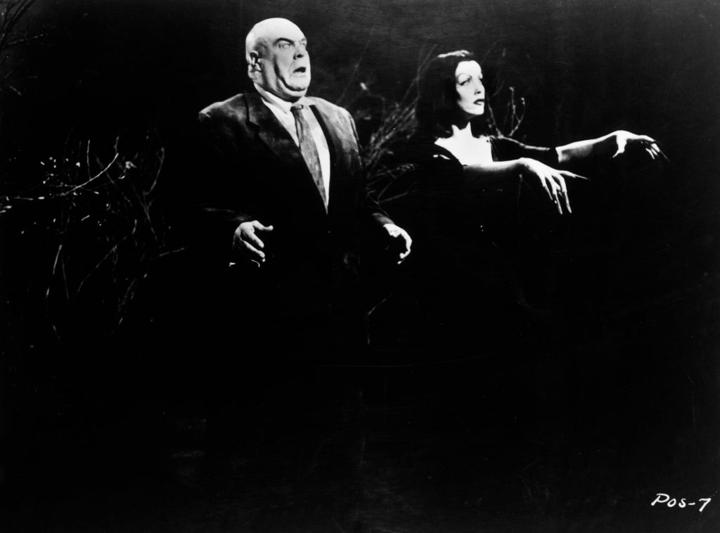 a still show from plan 9 from outer space