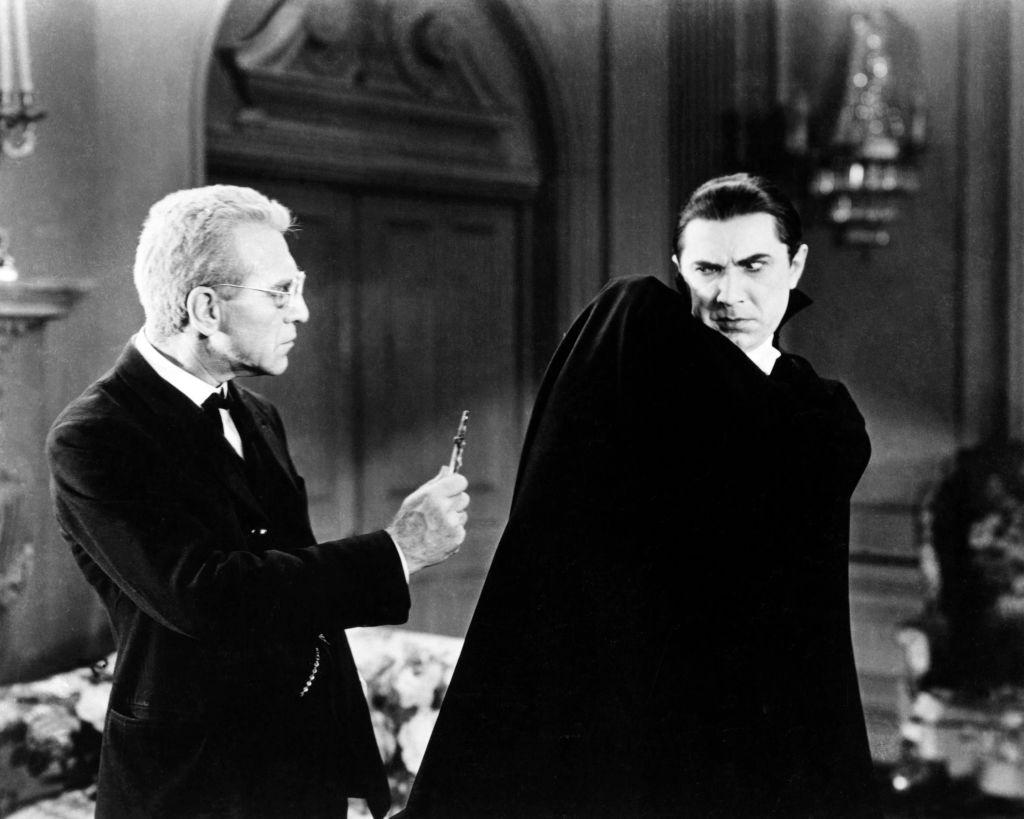 Bela Lugosi starring in Dracula