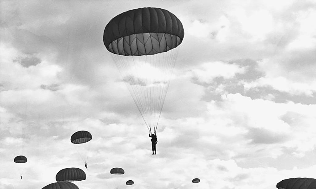 Paratroopers in Vietnam