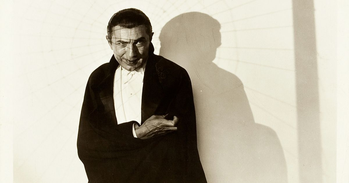 Bela Lugosi in a promo shot of Dracula