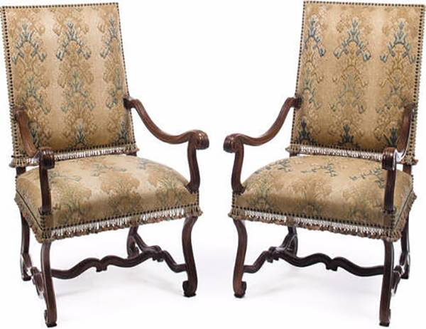 chairs in style of louis XIII