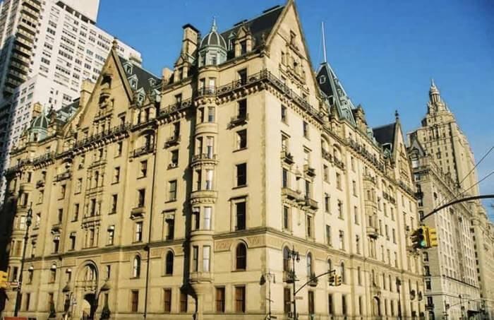 exterior shot of the dakota building