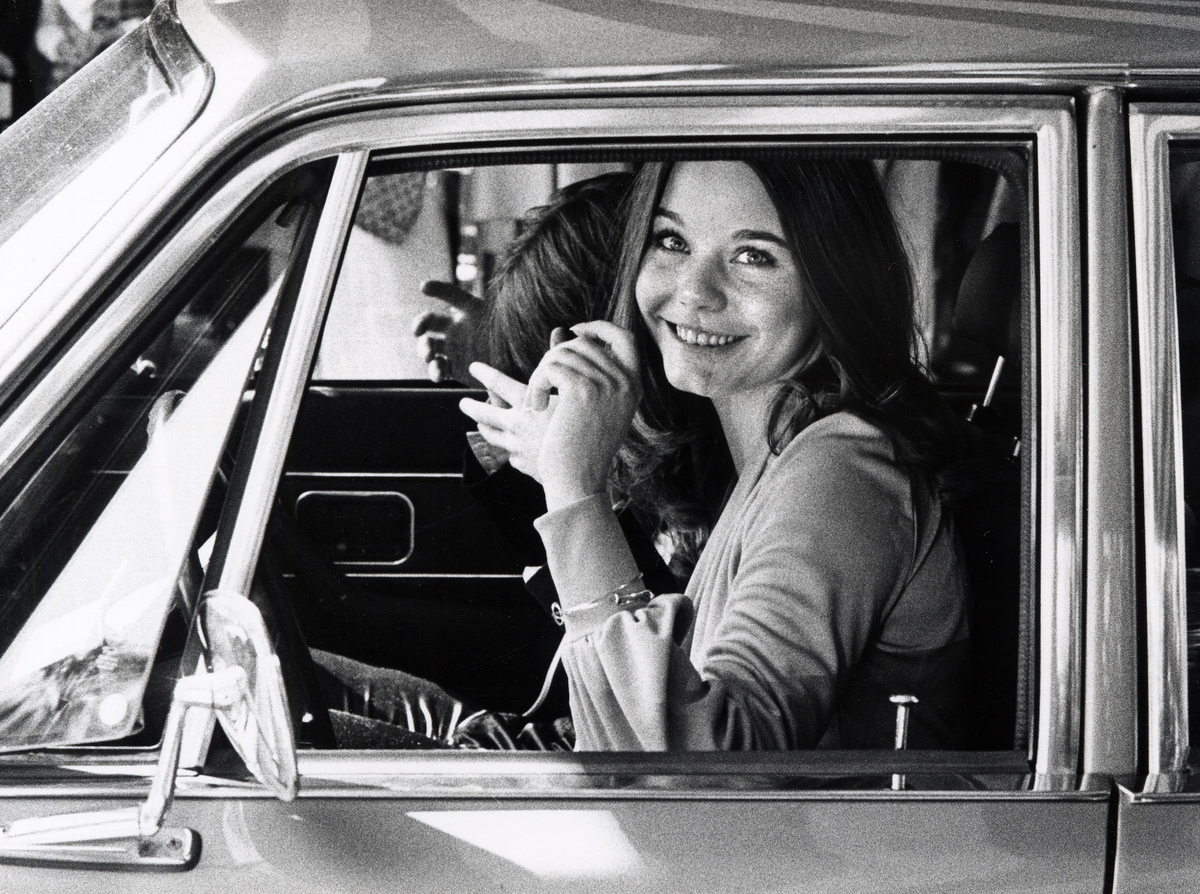 Susan Dey arrives at the Genii Awards Luncheon in a car.
