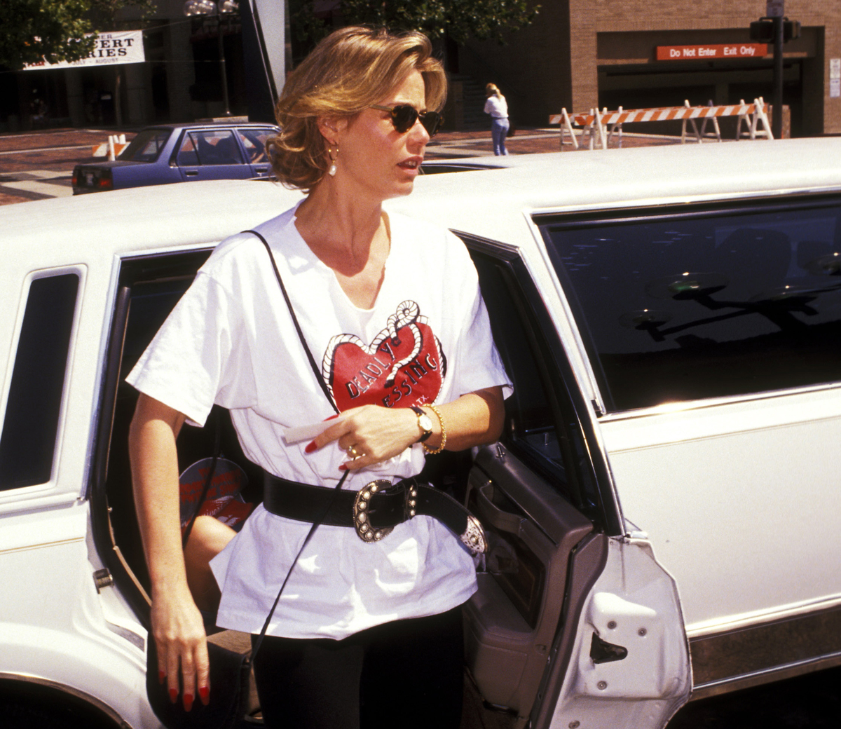 Susan Dey gets out of her car to arrive at the Primetime Emmy Awards, 1991.