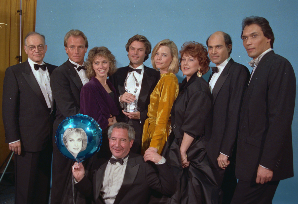 The cast of L.A. Law, (L-R) Richard Dysart, Corbin Bernsen, Michele Greene, Harry Hamlin, Susan Dey, Susan Ruttan, Alan Rachins, Jimmy Smits and Michael Tucker who is holding a balloon.